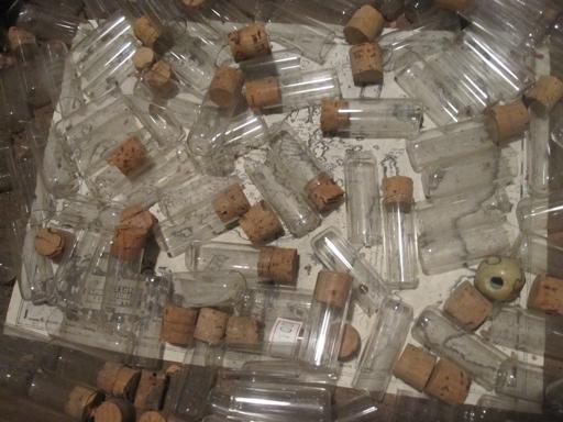 ガラス瓶2