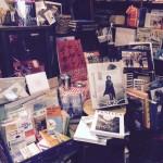 店内、アート写真関連の本