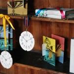活版印刷を使った紙の壁掛け時計